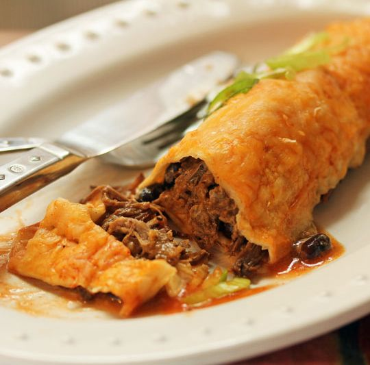 Slow-Cooker Steak And Guinness Pie Recipe — Dishmaps
