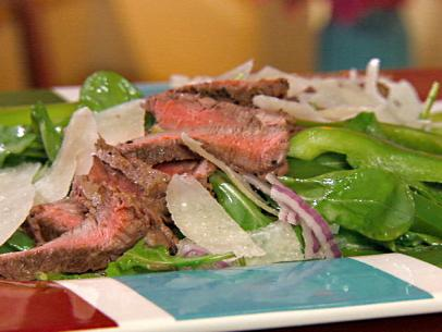 Arugula Salad with Steak, Shaved Parmesan and Lemon Vinaigrette